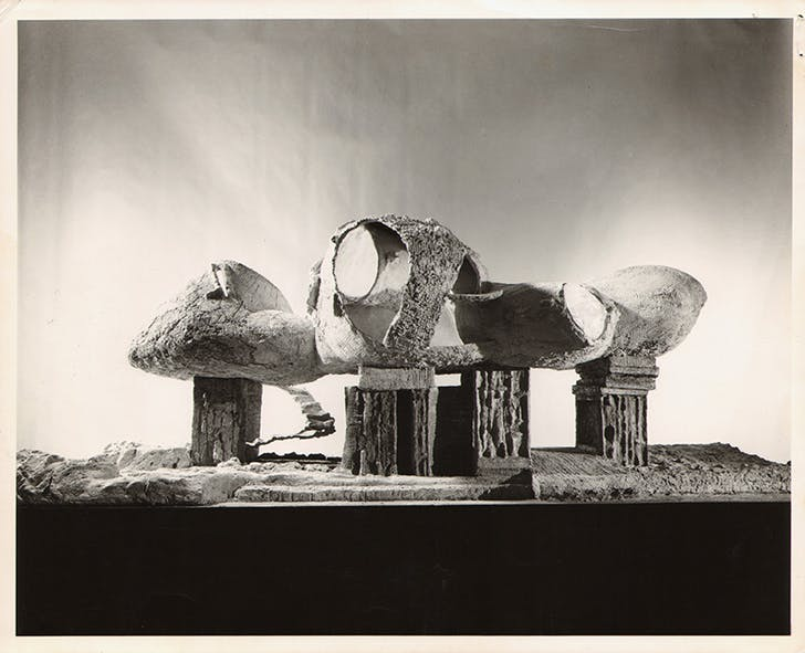 Frederick Kiesler, model for an 'Endless House,' wire frame structure, New York 1959