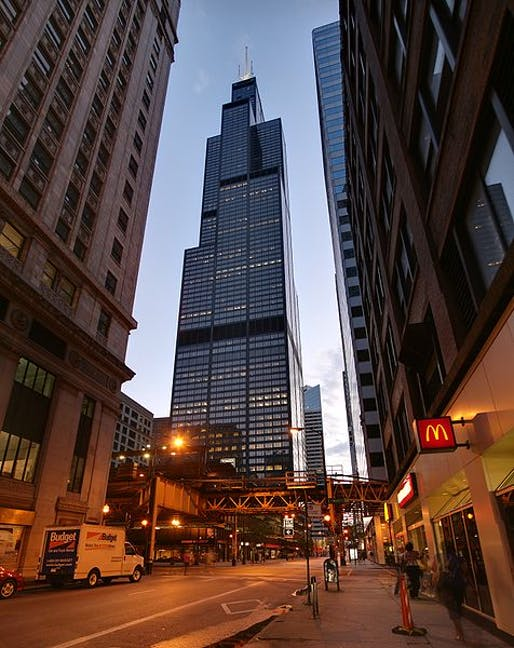 Just sold: Willis Tower in Chicago. (Photo: Daniel Schwen/Wikipedia)