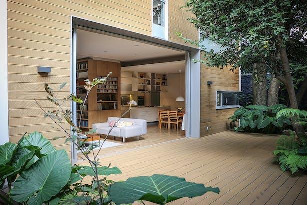 Terrace / Casa Nirau