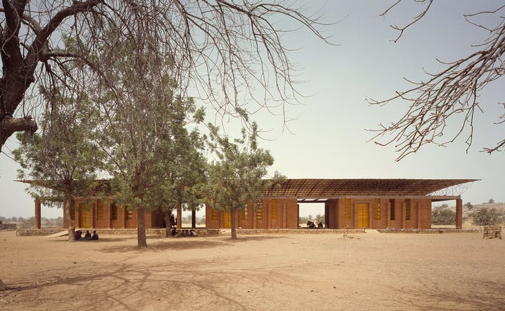 Gando Primary School; Gando, Burkina Faso, 2001 © Simeon Duchoud