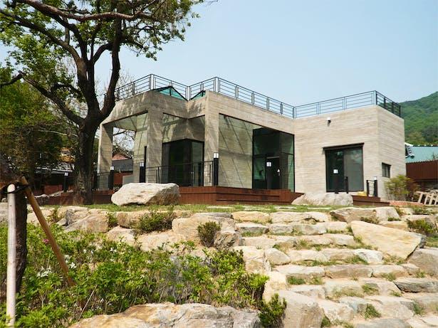 House of San-jo Photo 17
