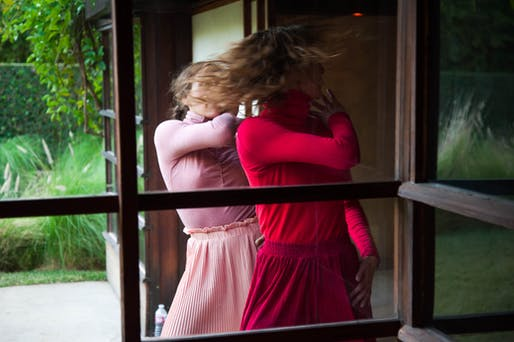 Gerard & Kelly, Modern Living (2016). Performance view: MAK Center for Art & Architecture at the Schindler House, West Hollywood, CA, January 2016. Pictured: Julia Eichten and Rachelle Rafailedes of L.A. Dance Project. Photo by Mimi Teller