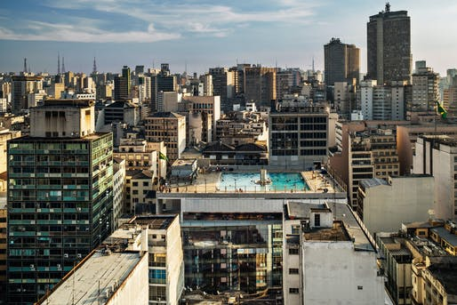 2018 MCHAP finalist: SESC 24 de Maio in São Paulo, Brazil. Photo: Nelson Kon.