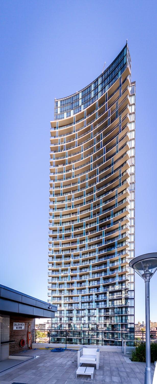 LUNA Tower 1