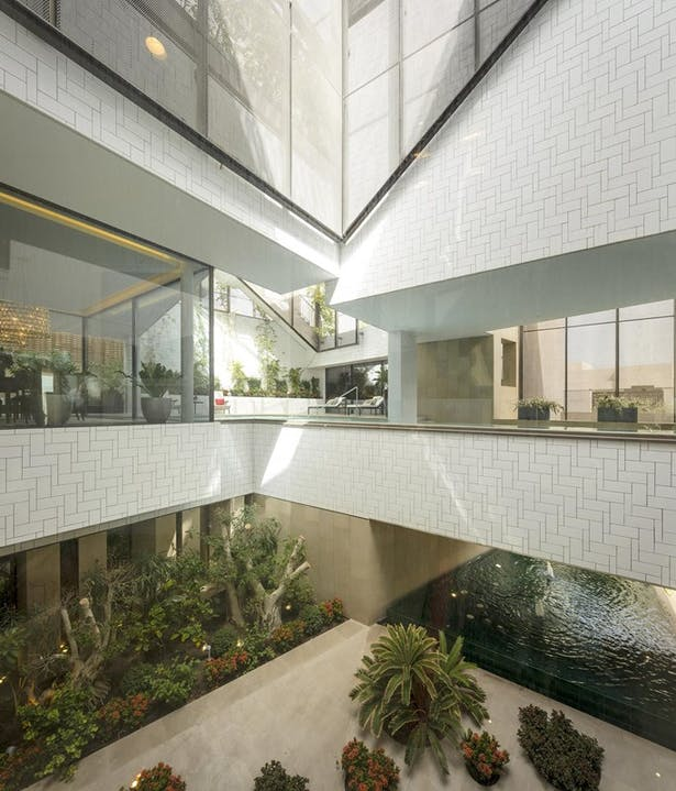 Three Gardens House | Photographies: Fernando Guerra FG+SG - http://ultimasreportagens.com