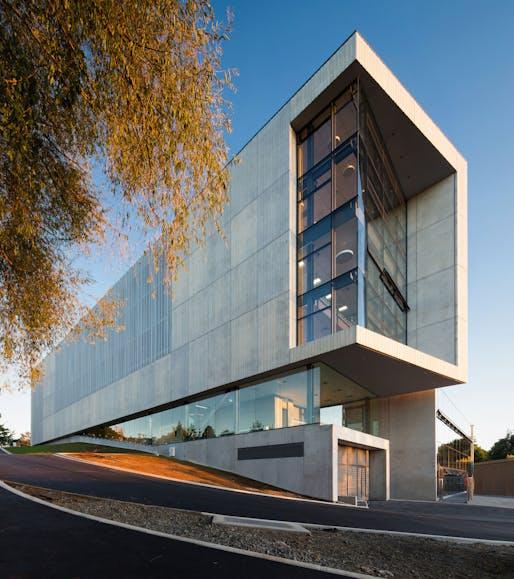 Education - New Law & Management Building, University of Waikato, Hamilton by Opus Architecture.
