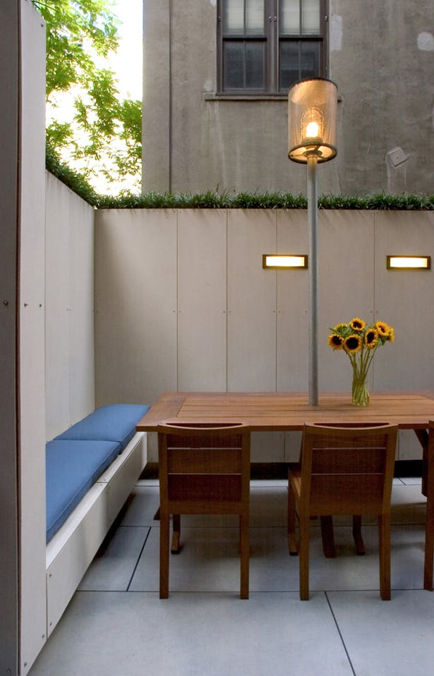 CHELSEA ROOF TERRACE – Dining area detail