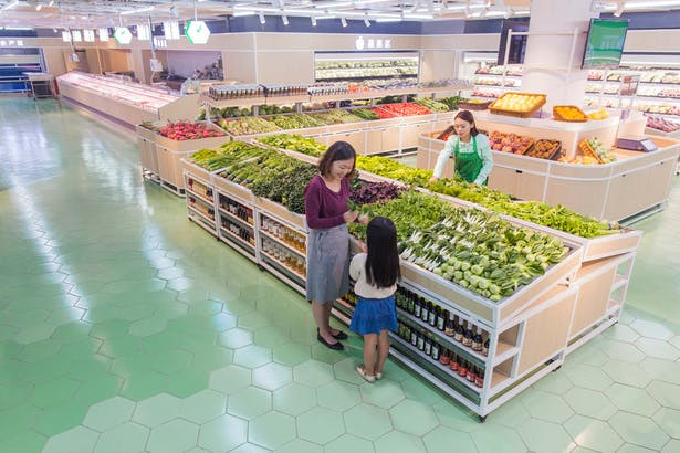 LATITUDE-market-09-fruits-vegetables-pl