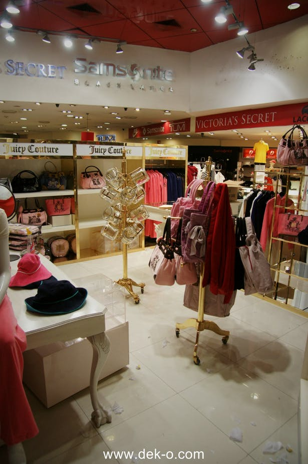 b5252ff5b24 Juicy couture Mexico Airport