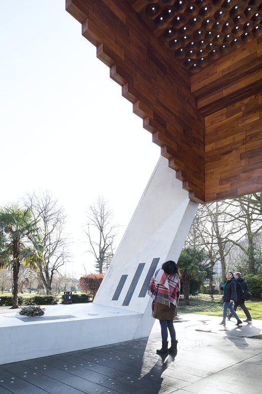 Bethnal Green Memorial, London by Arboreal Architecture. Photo: Marcela Spadaro.