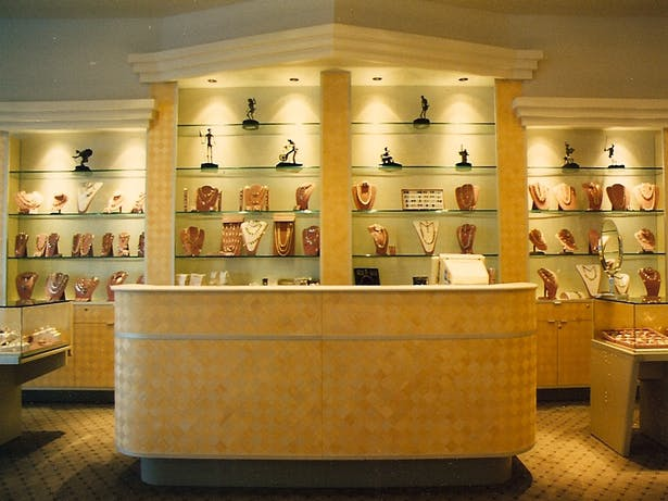 Arenta a silver store in Houston's Galleria district.