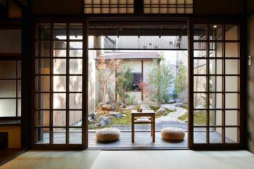 B.L.U.E. Architecture Studio's makeover emphasizes the essence of traditional Kyoto culture: the courtyard. © Toshiyuki Yano