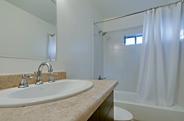 finished bathroom (photography by Liam Frederick)