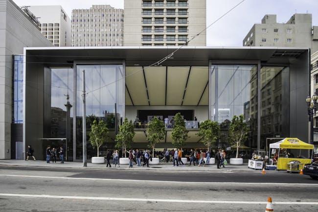 Apple's car-ready store in Union Square. Photo: Mark Hogan via flickr