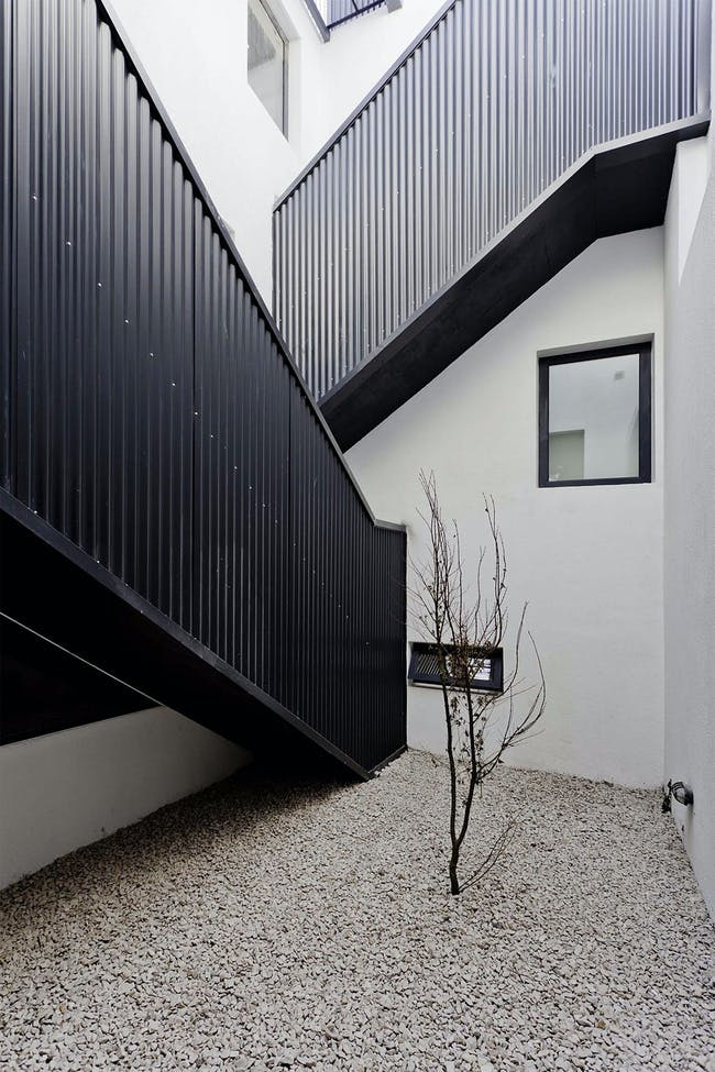 Two Houses Conde in Buenos Aires, Argentina by Hitzig Militello arquitectos; Photo: Federico Kulekdjian