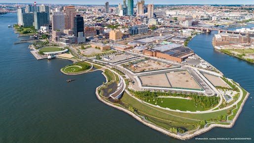 Aerial view of Hunter's Point South Waterfront Park, New York City. Photo © Albert Vecerka/Esto, courtesy SWA/BALSLEY and WEISS/MANFREDI.