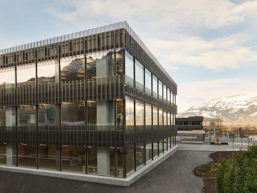 Hilti Office Mitte by Giuliani Hönger Architekten. Photo: David Willen.