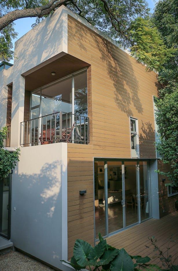 South Facade / Casa Nirau
