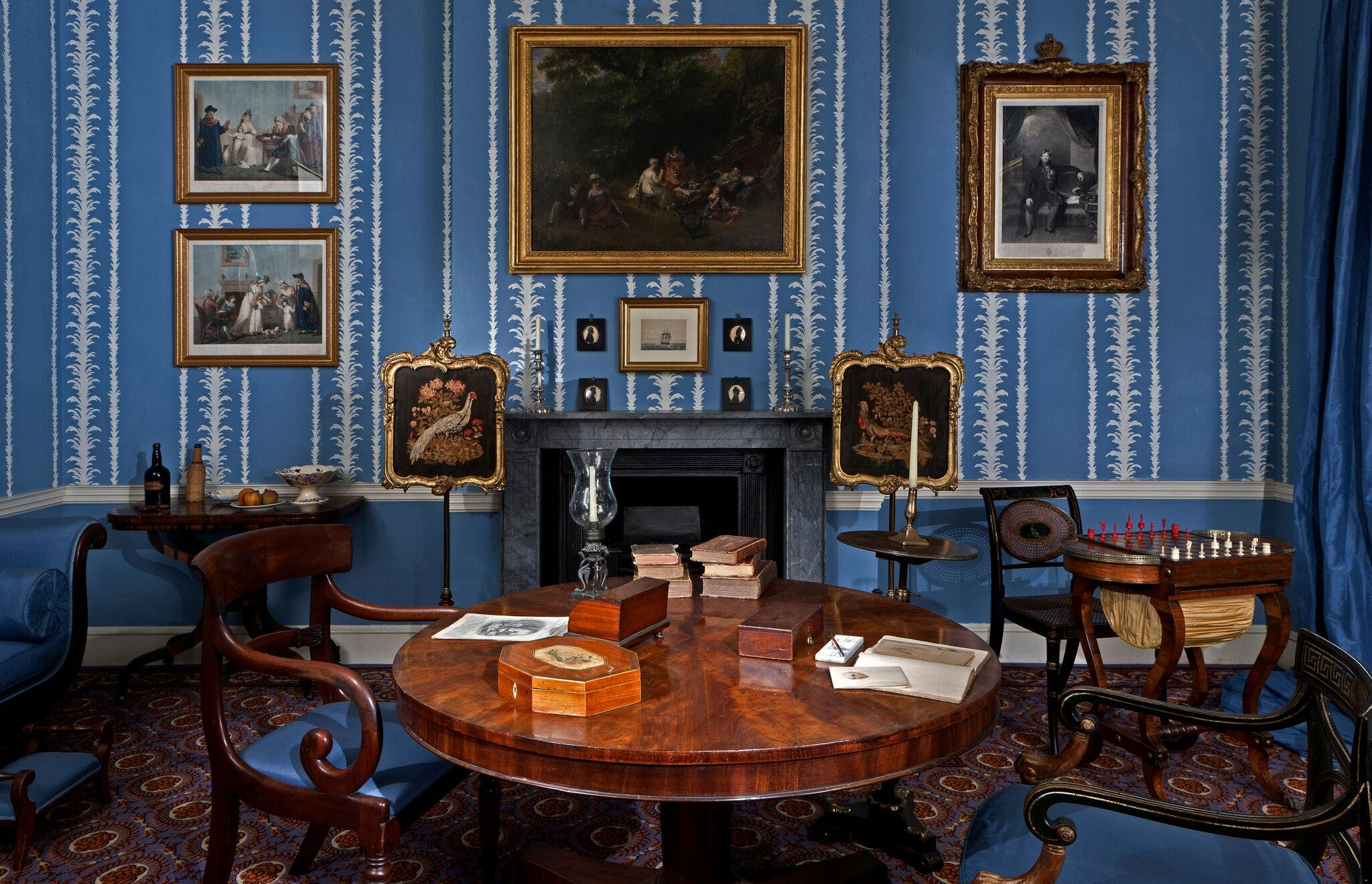 The Geffrye Museum has created an interactive tour of iconic ...