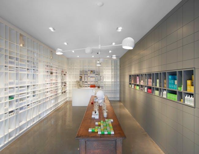 Interiors Merit Award Winner: MALIN+GOETZ in Los Angeles, CA by Bernheimer Architecture (Image Credit: © Eric Laignel)