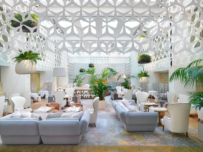 Interior Design of Mandarin Oriental Hotel Barcelona Named Winner