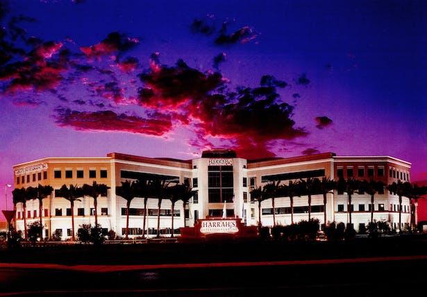 4 story pre-cast Headquarters for Harrah's Entertainment