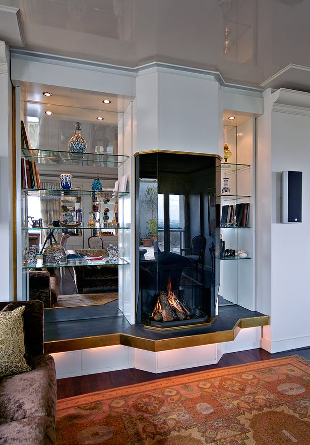 Bloch Design fireplace 1