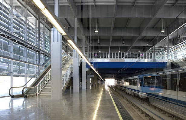Upper Level Hall and Lower Level Platform