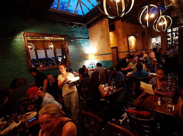 Chez Oskar- Dining Room