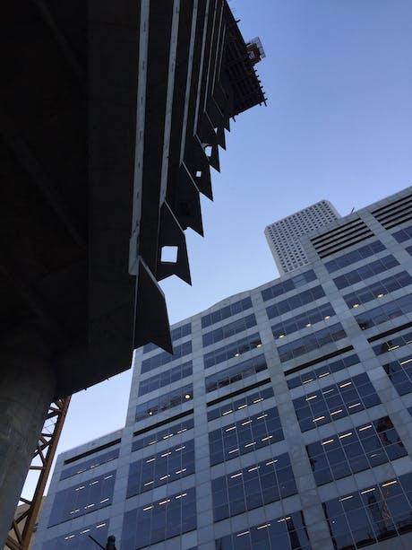 609 Main Tower