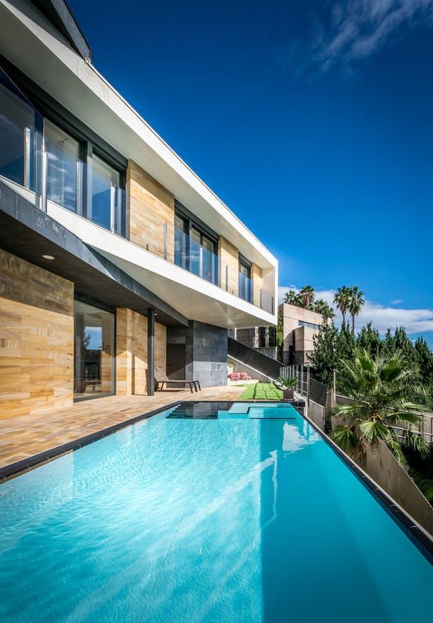 Pool - E House