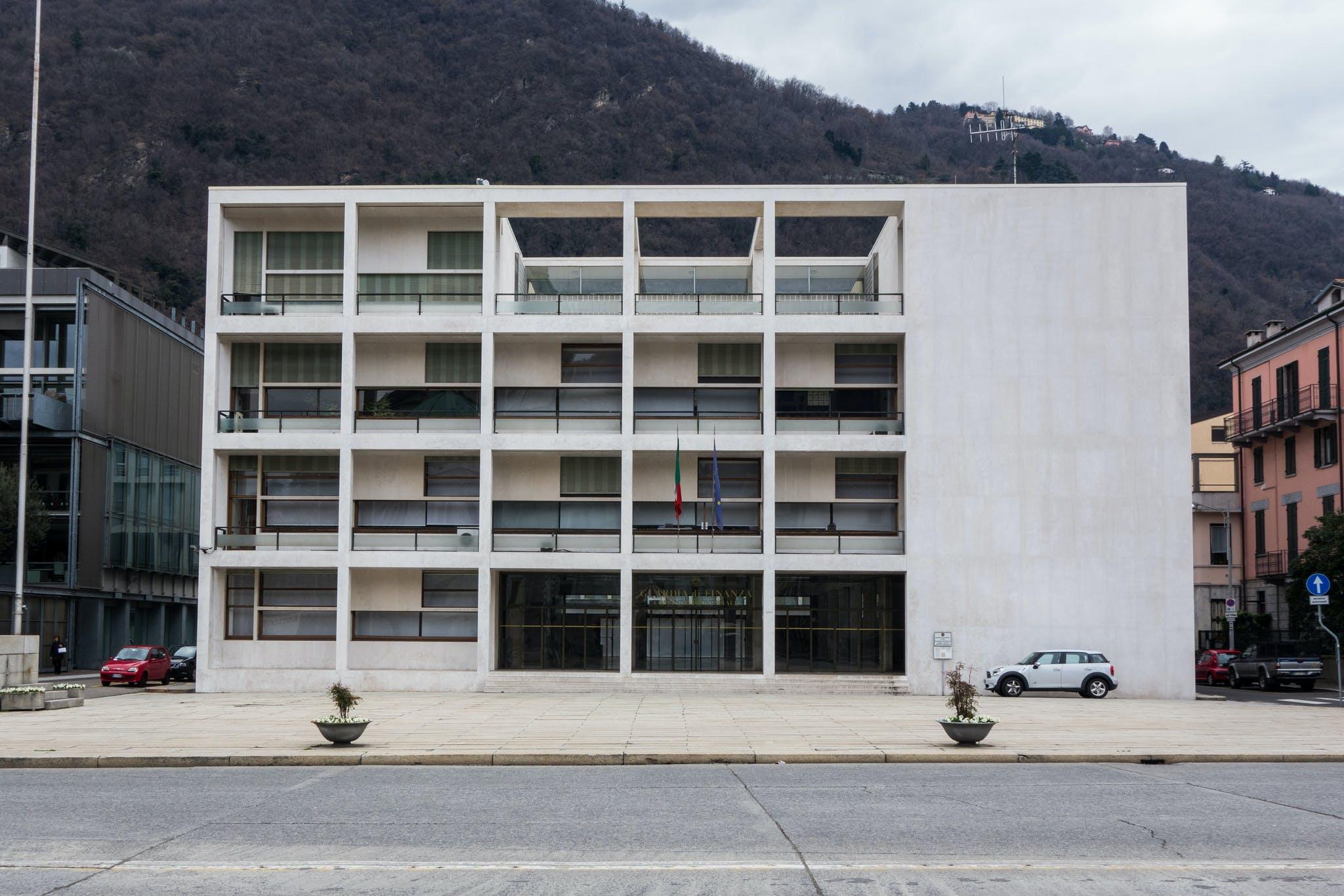 Casa del fascio eyed by italian far right to become major for Giuseppe terragni casa del fascio
