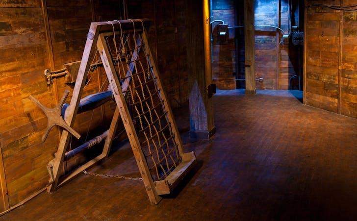 The 'Hog' set. Image courtesy Kink.com