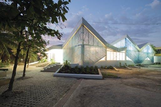 MASS Design Group, GHESKIO Cholera Treatment Center. Photo: Iwan Baan, 2014.