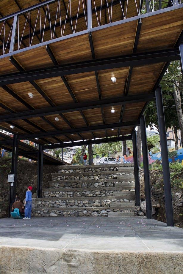 El Chama - Amphitheater [abono+pico+axp]