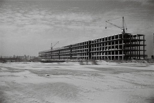 Mihajlo Čanak, Leonid Lenarčić, Milosav Mitić, and Ivan Petrović. Building B9, Block 21, 1959-65. New Belgrade, Serbia. View of IMS Žeželj the construction site. Photo: Ivan Petrović.