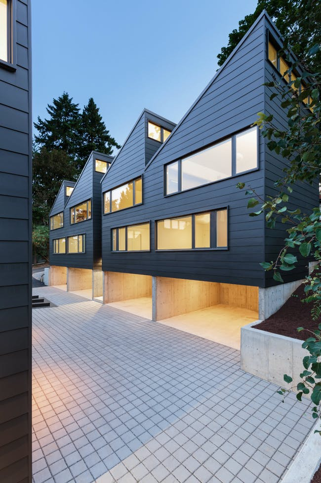 Sawtooth in Lake Oswego, OR by Waechter Architecture
