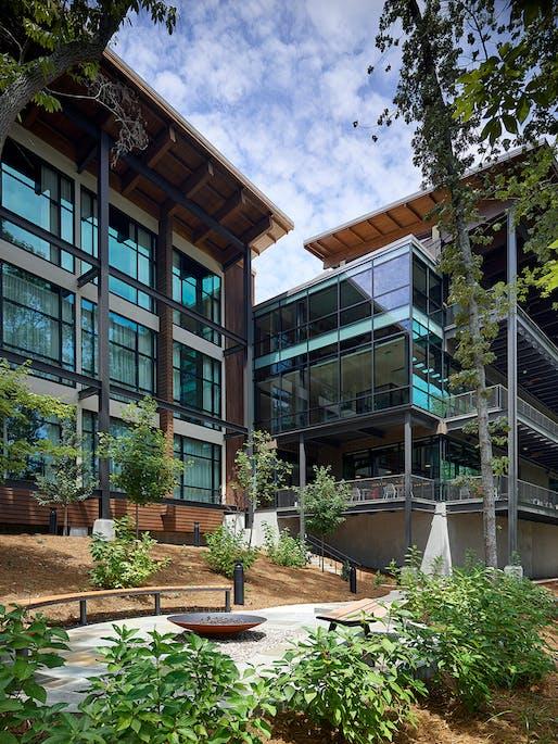 $15 Million to $75 Million - National Award: Truist Leadership Institute, Greensboro, NC. Structural Engineer: Fluhrer Reed, PA, Raleigh, NC. Architect: CJMW Architecture, Winston-Salem, NC. Photo: Tom Holdsworth.