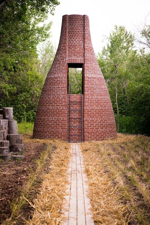 Le dernier petit cochon by APPAREIL Architecture – Montréal (Québec) Canada. Photo credit: Martin Bond.