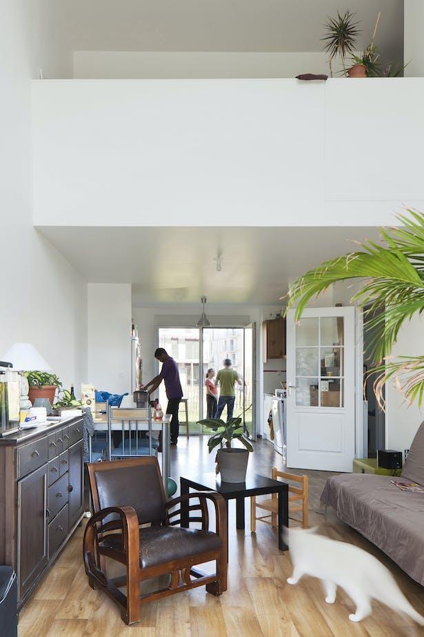 T4 Housing duplex: interior view