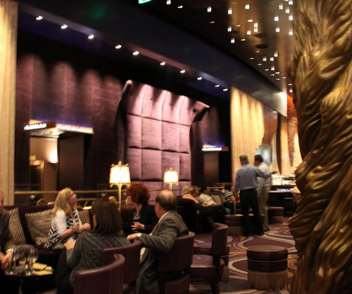Interior Decorator: Las Vegas City Center: Sage Restaurant, Bar Moderno