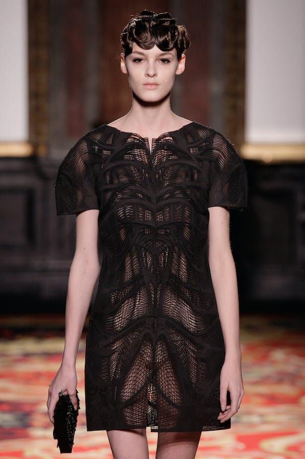 VOLTAGE DRESS Photograph - ©Michael Zoeter