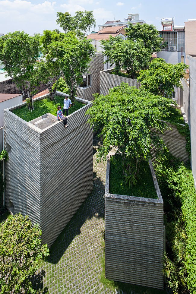 HOUSE FOR TREES - Ho Chi Minh City, Vietnam. Designed by Vo Trong Nghia Architects. Photo: Hiroyuki Oki.