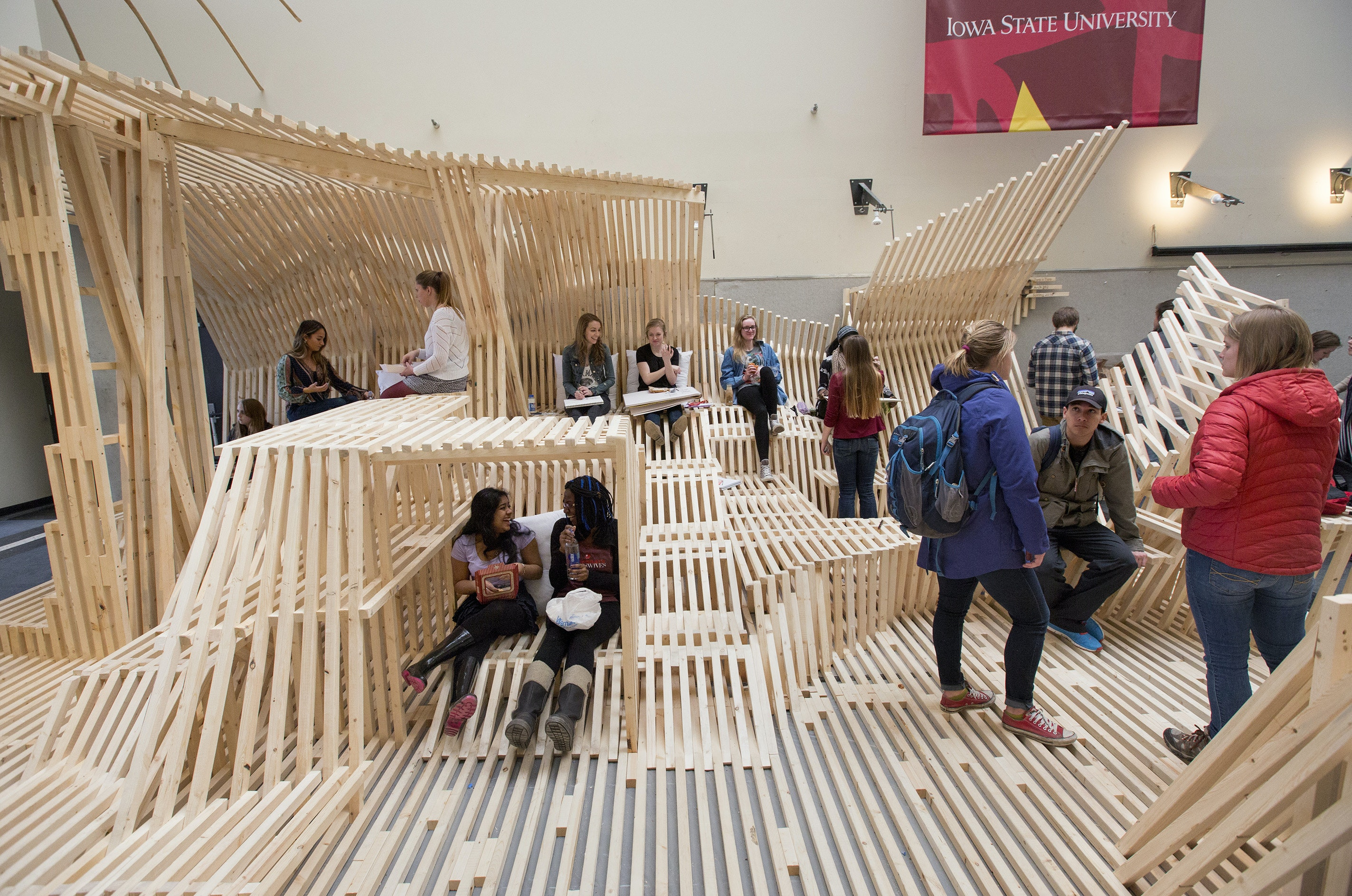 Architecture students' Dunescape-inspired design-build project transforms Iowa State University College of Design atrium