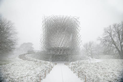 Sense of Place — Project: The Hive at the Royal Botanic Gardens, Kew, UK during winter by Wolfgang Buttress. Photographer: Jeff Eden