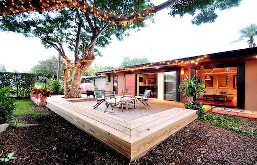 East Avenue Residence in Sarasota, FL by Steven Carlin