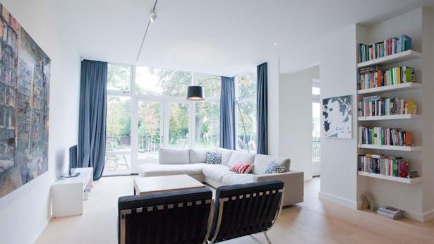 living room with garden – ground floor