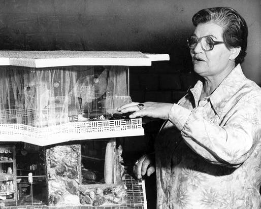 Ms. Gabe in 1979 with a model of her self-cleaning house. Credit The Los Angeles Times