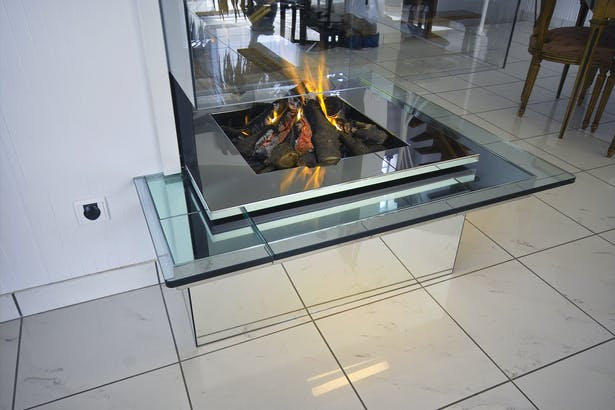 Bloch Design fireplace 11