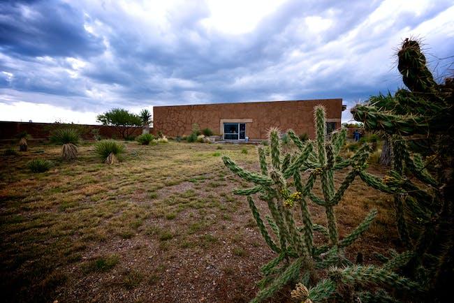 Rael San Fratello: Mud Box (Terry Mowers Residence) | photo: Rael San Fratello